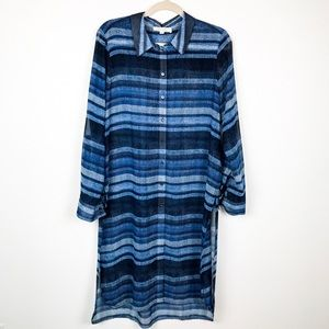 Two by Vince Camuto Tunic Button Down Shirt | Med